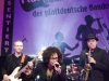 Die Band Voodoolectric performt ihren Song
